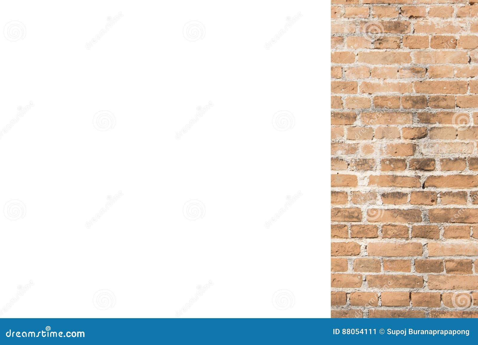Oranje bakstenen muur en witte ruimteachtergrond