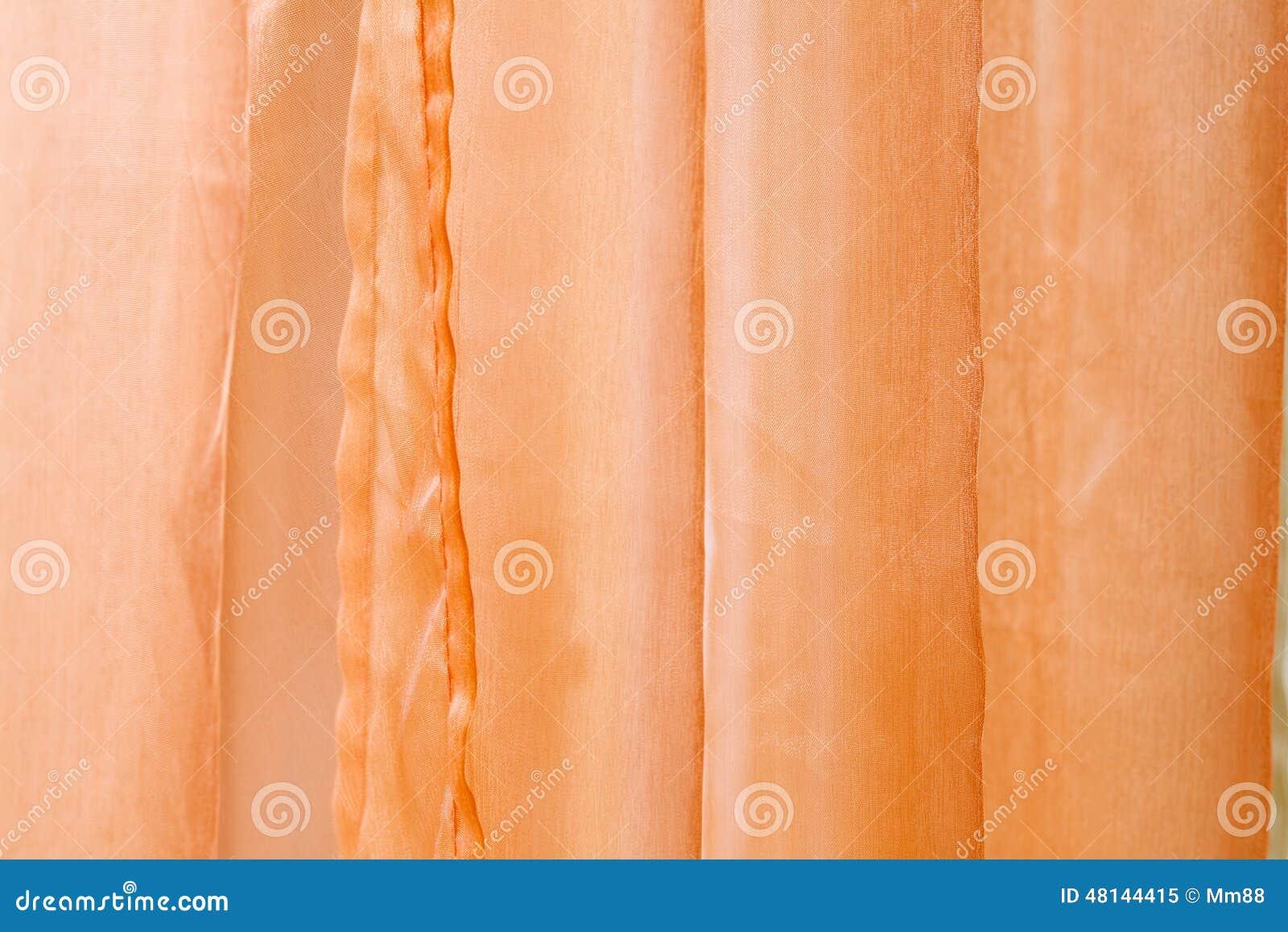 Oranje gordijnen stock afbeelding. Afbeelding bestaande uit vouwen ...