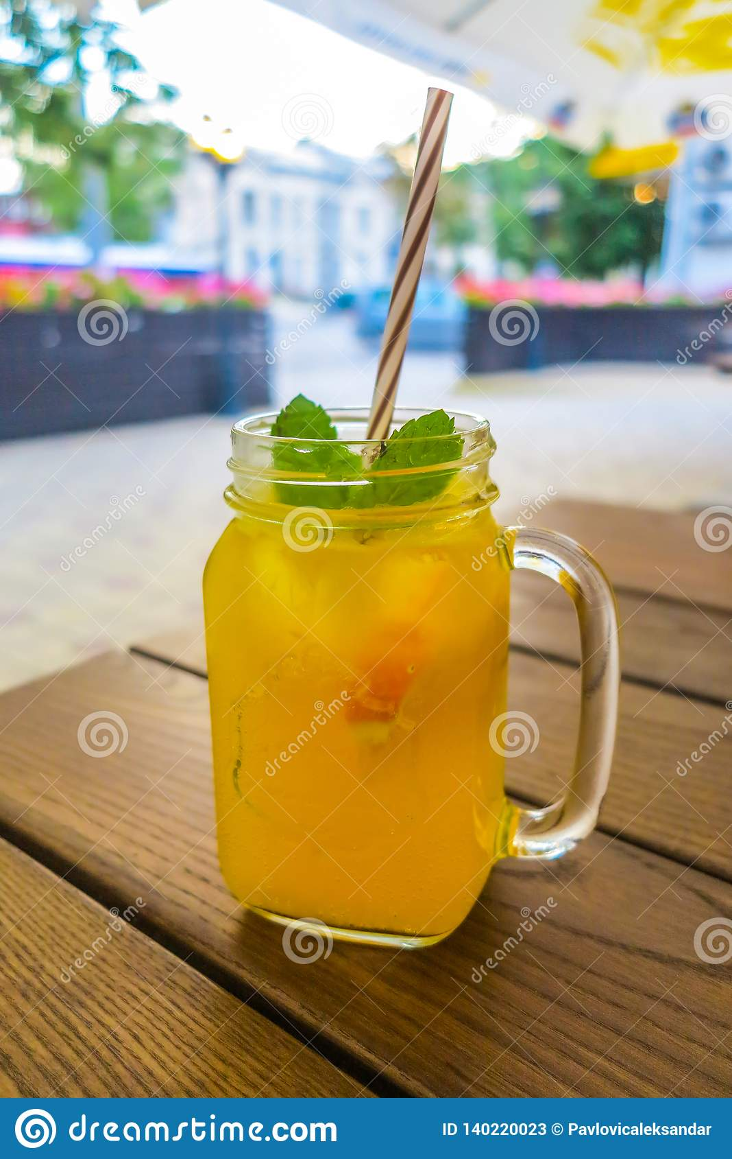 Oranje Juice Drink