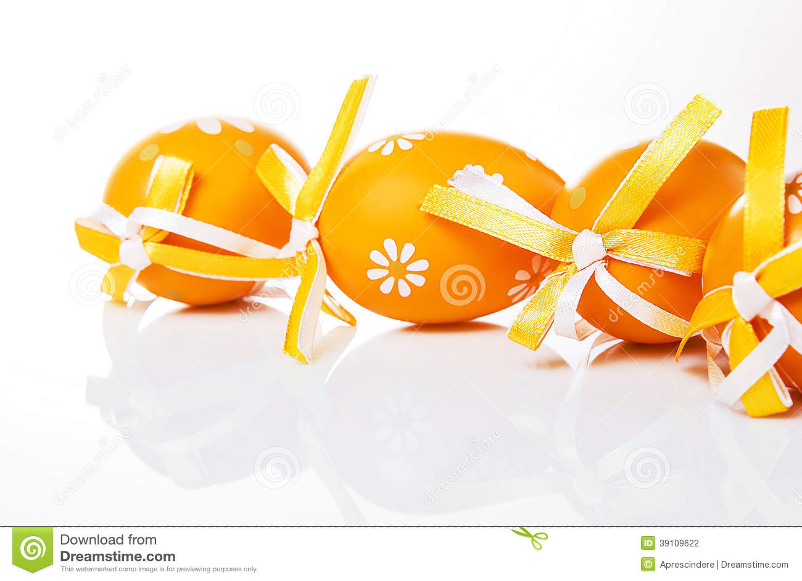 Oranje paaseieren