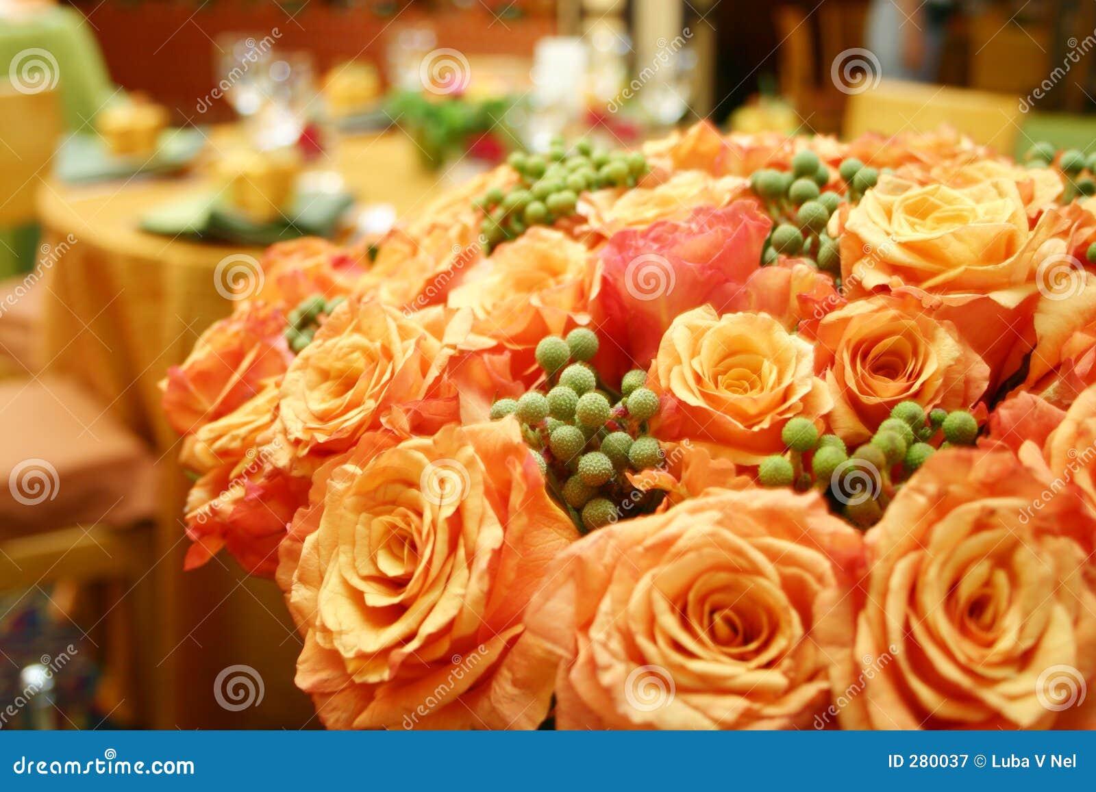 Oranje Thaise rozen 015