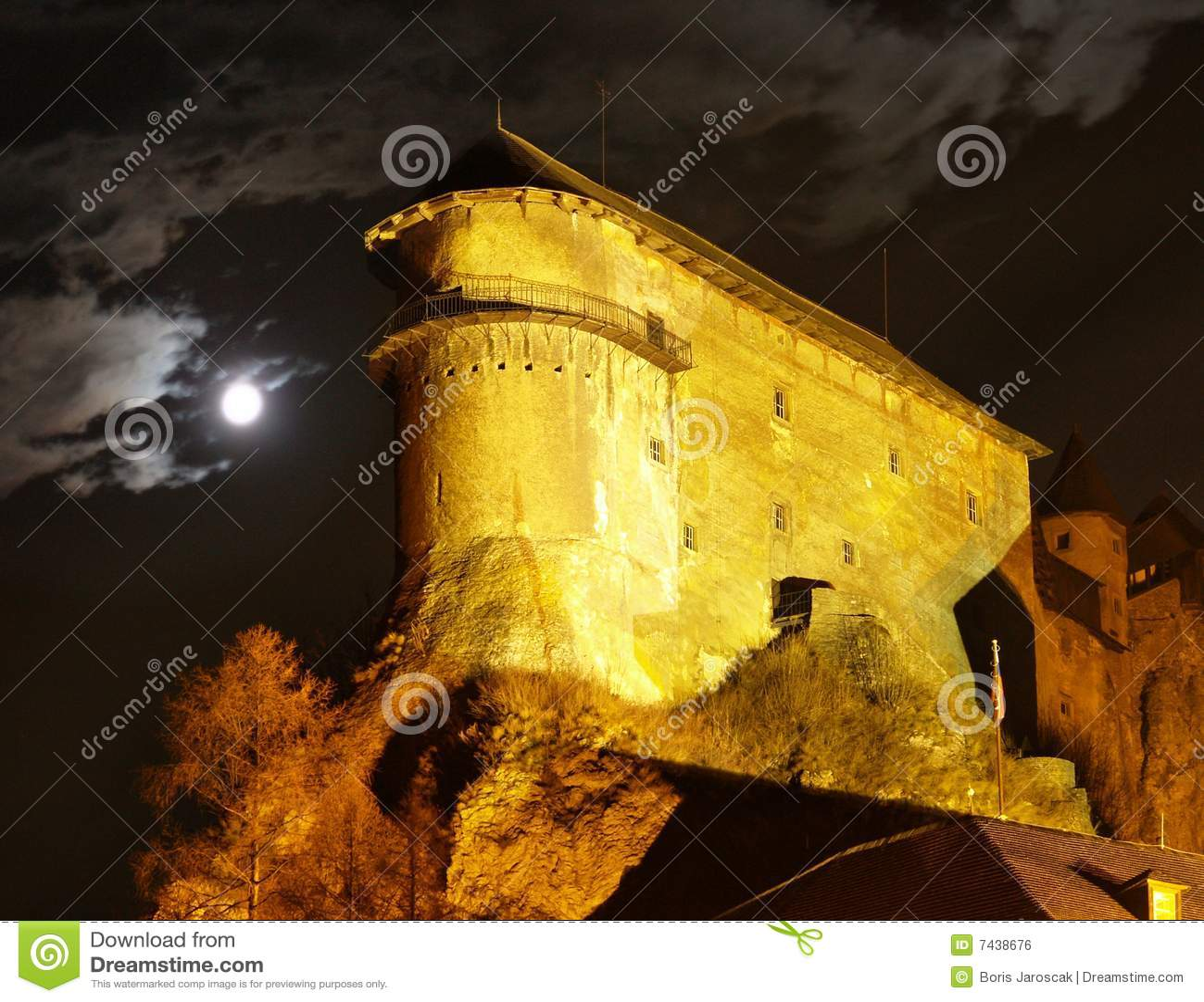 Orava Schloss - nachts