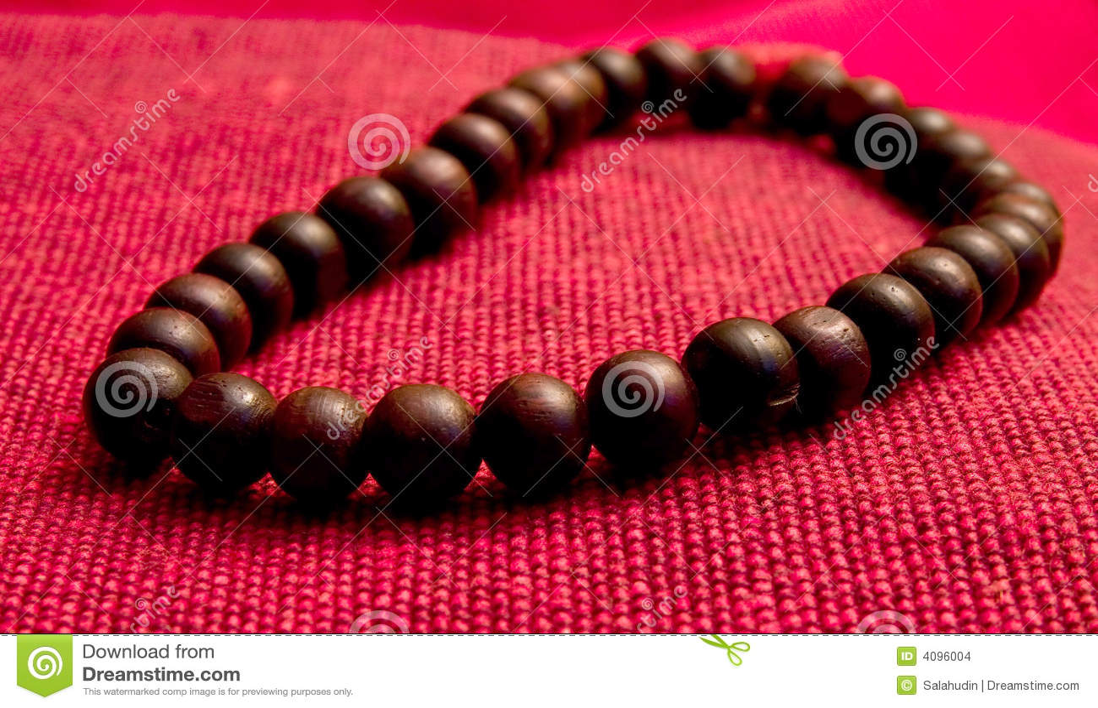 Orayer perla de madeira