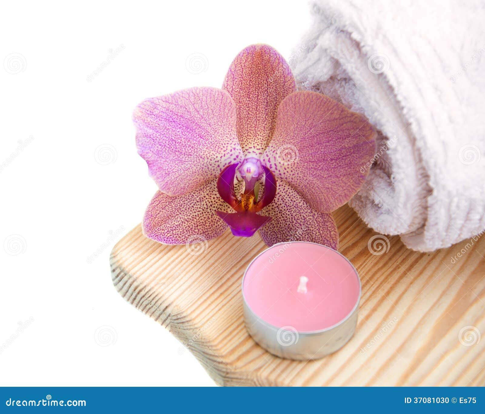 Download Orchidee i świeczka zdjęcie stock. Obraz złożonej z cosmetologist - 37081030