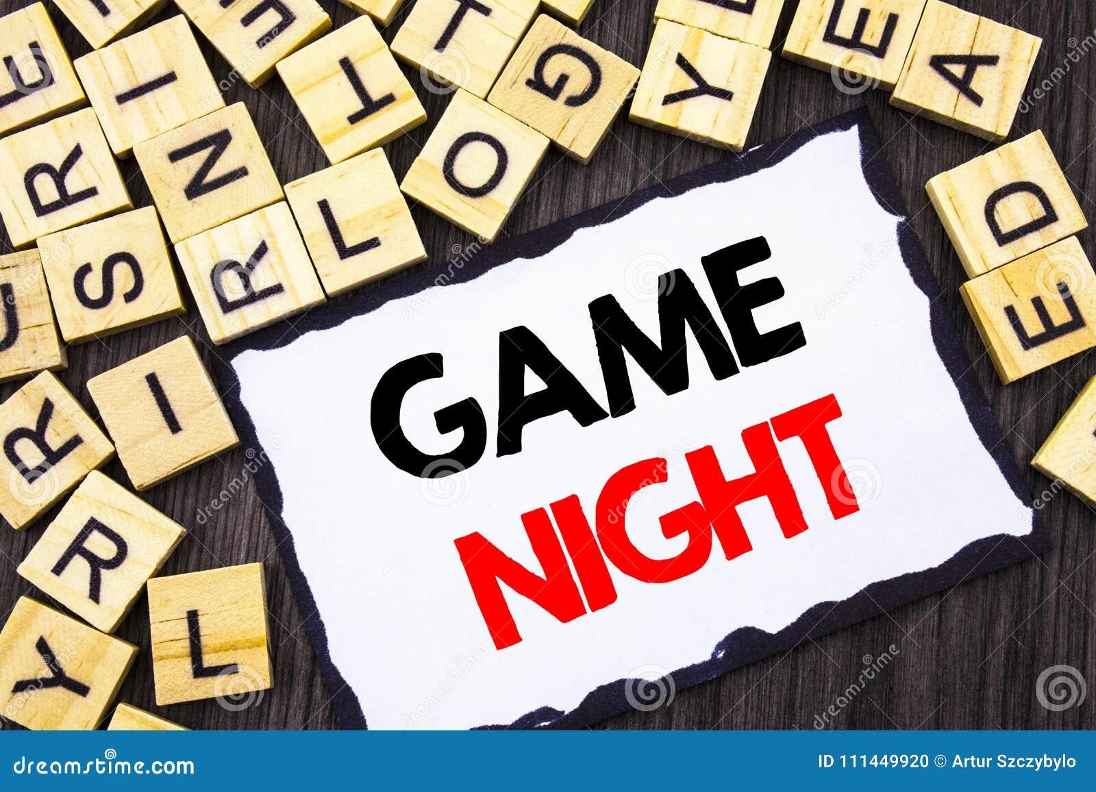 Ord handstil, modig natt för text Affärsidé för lekTid för underhållning den roliga händelsen för att spela som är skriftligt på