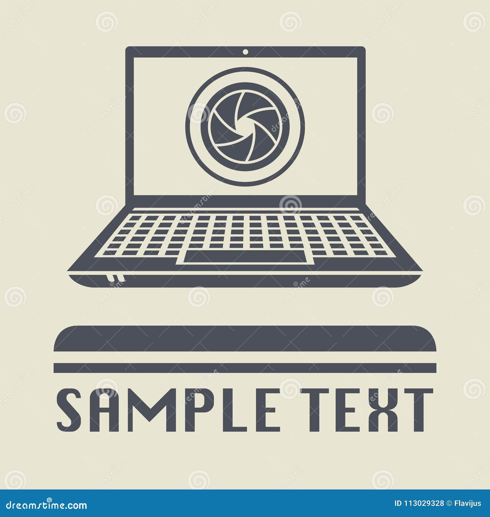 Ordenador portátil o ordenador portátil con el icono de la lente de la fotografía