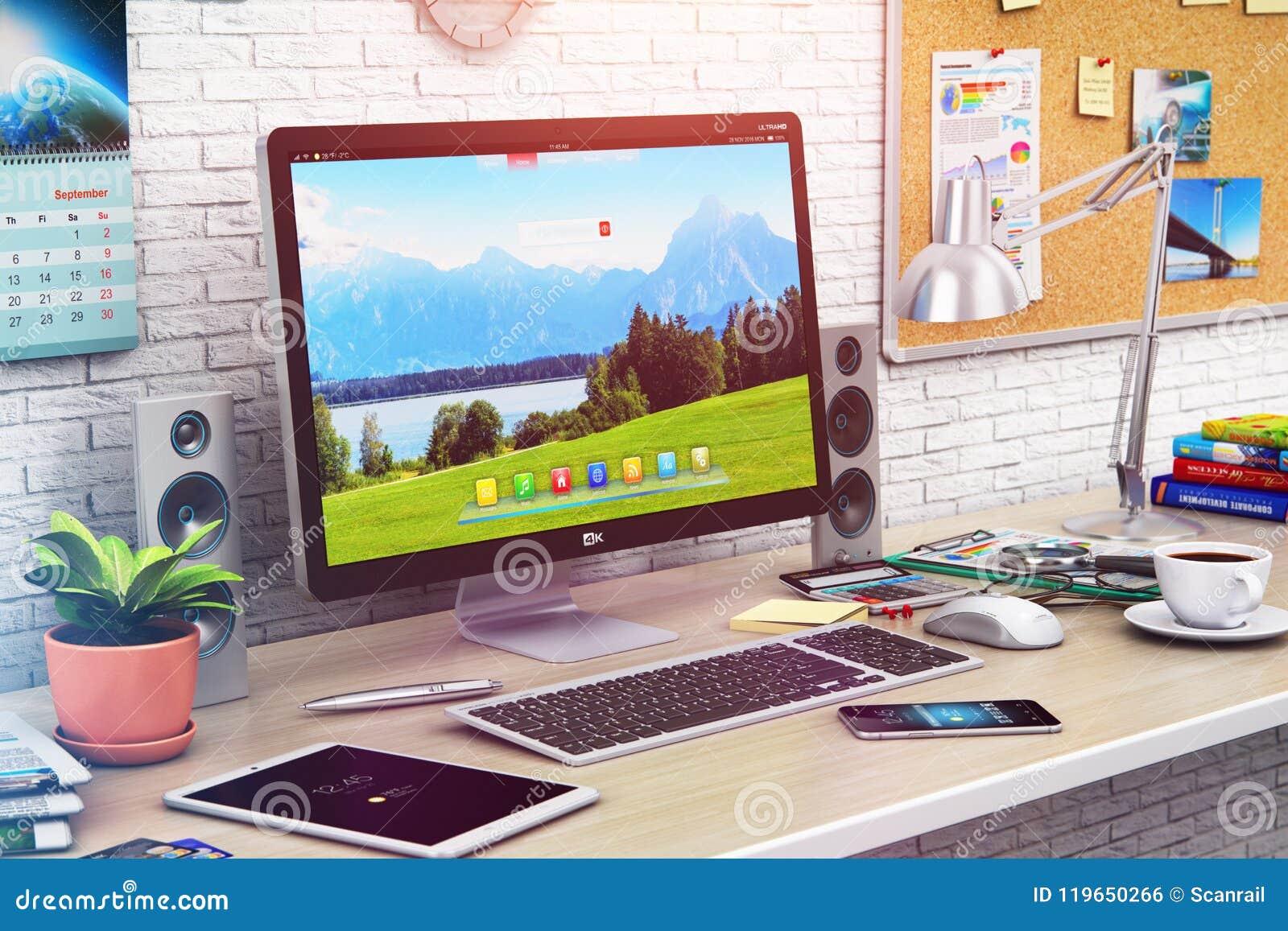 Ordinateur de bureau dans le bureau moderne ou l espace de travail