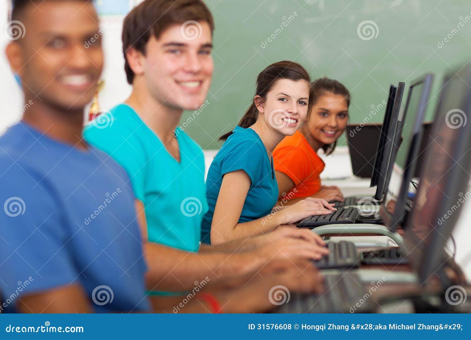 Ordinateurs d étudiants d école
