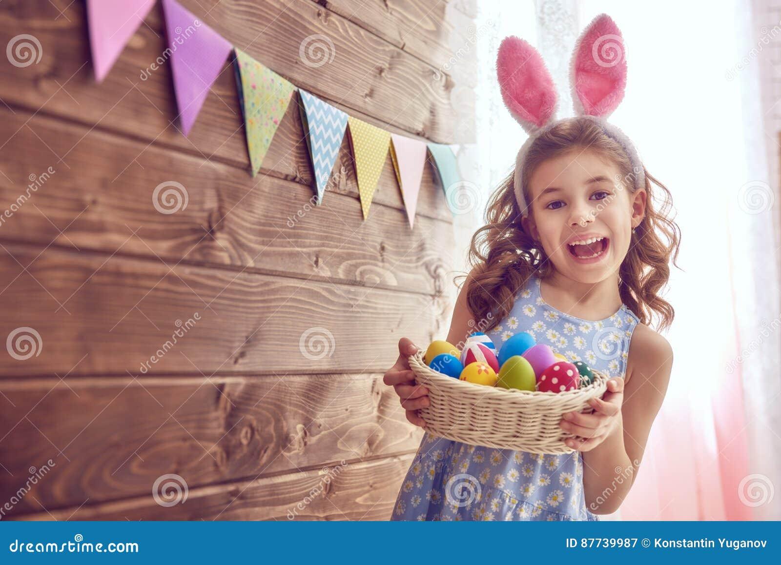 Orecchie da portare del coniglietto della ragazza