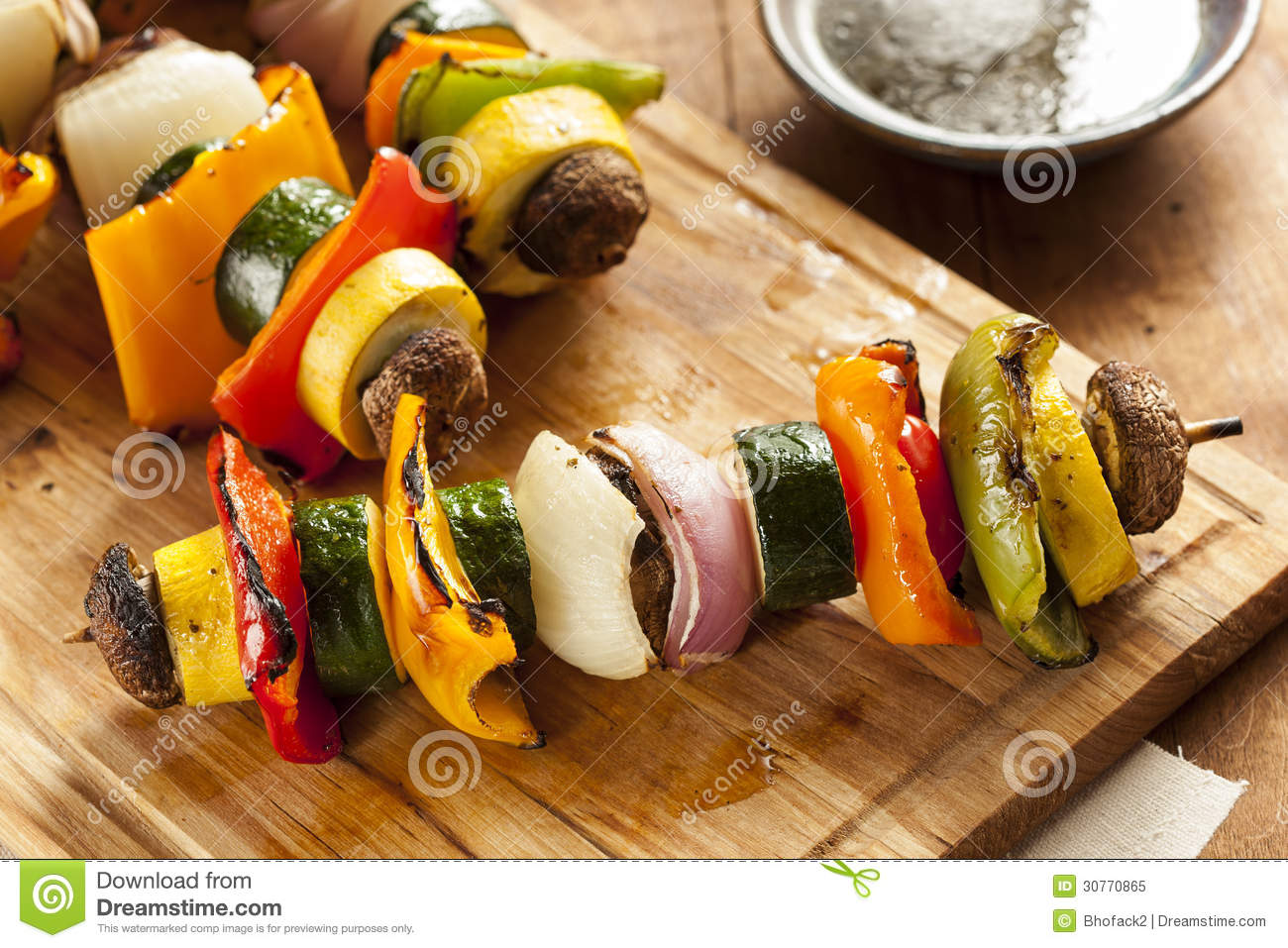 How to cook a delicious vegetable shish kebab