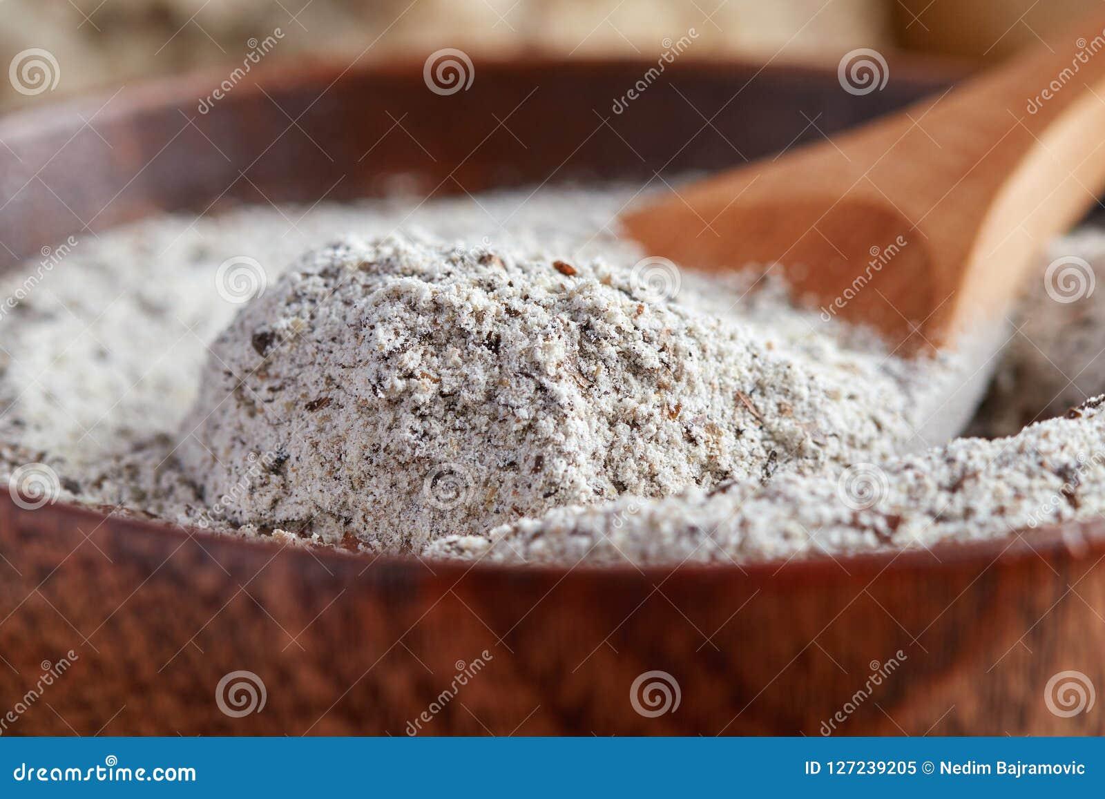 Organisches Buchweizen-Mehl