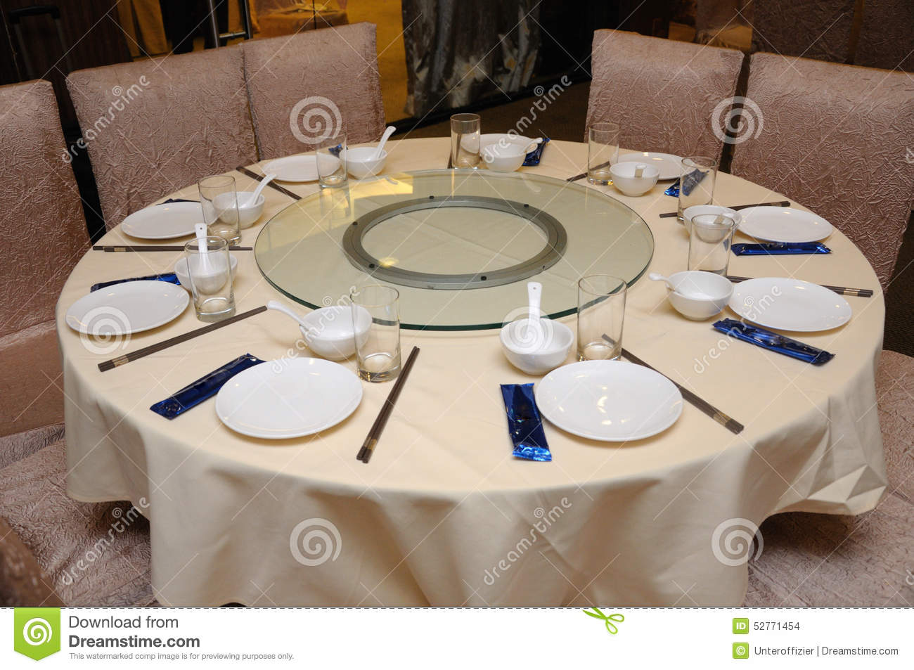 Oriental restaurant table setting stock photo image for How do i set a table