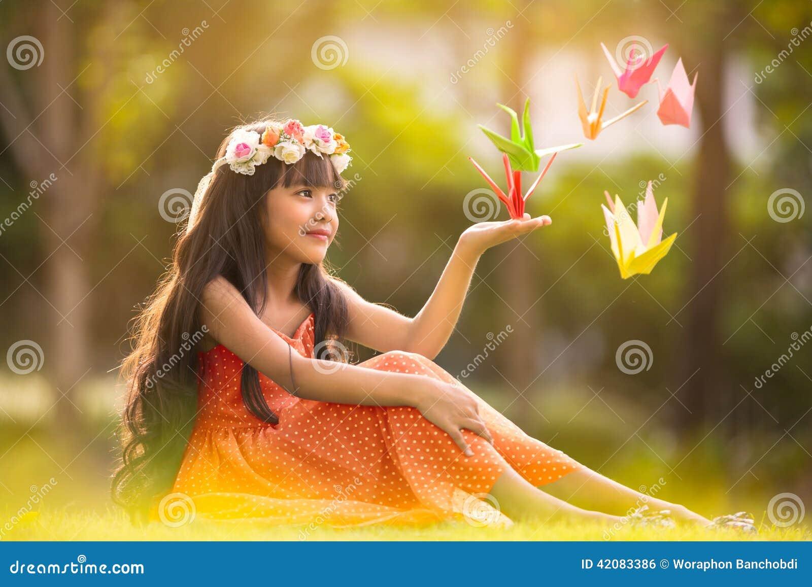 port crane hindu single women The single woman 938k likes thesinglewomannet my new book #beautifuluncertainty is in stores now bitlycom/beautifuluncertainty.