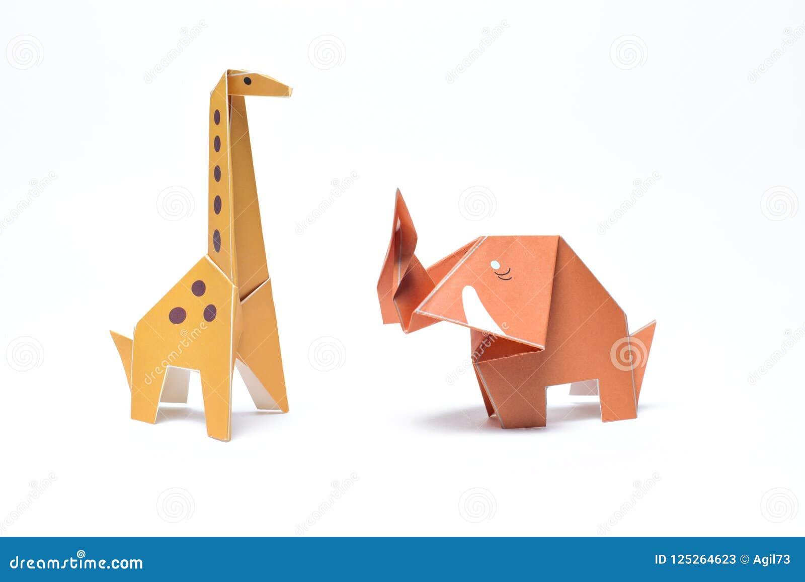 Origami Gele Giraf en Rode Olifant