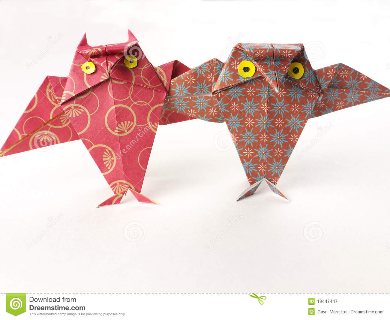 Origami Owl Pair Two Good Friends Stock Image Image Of Birds