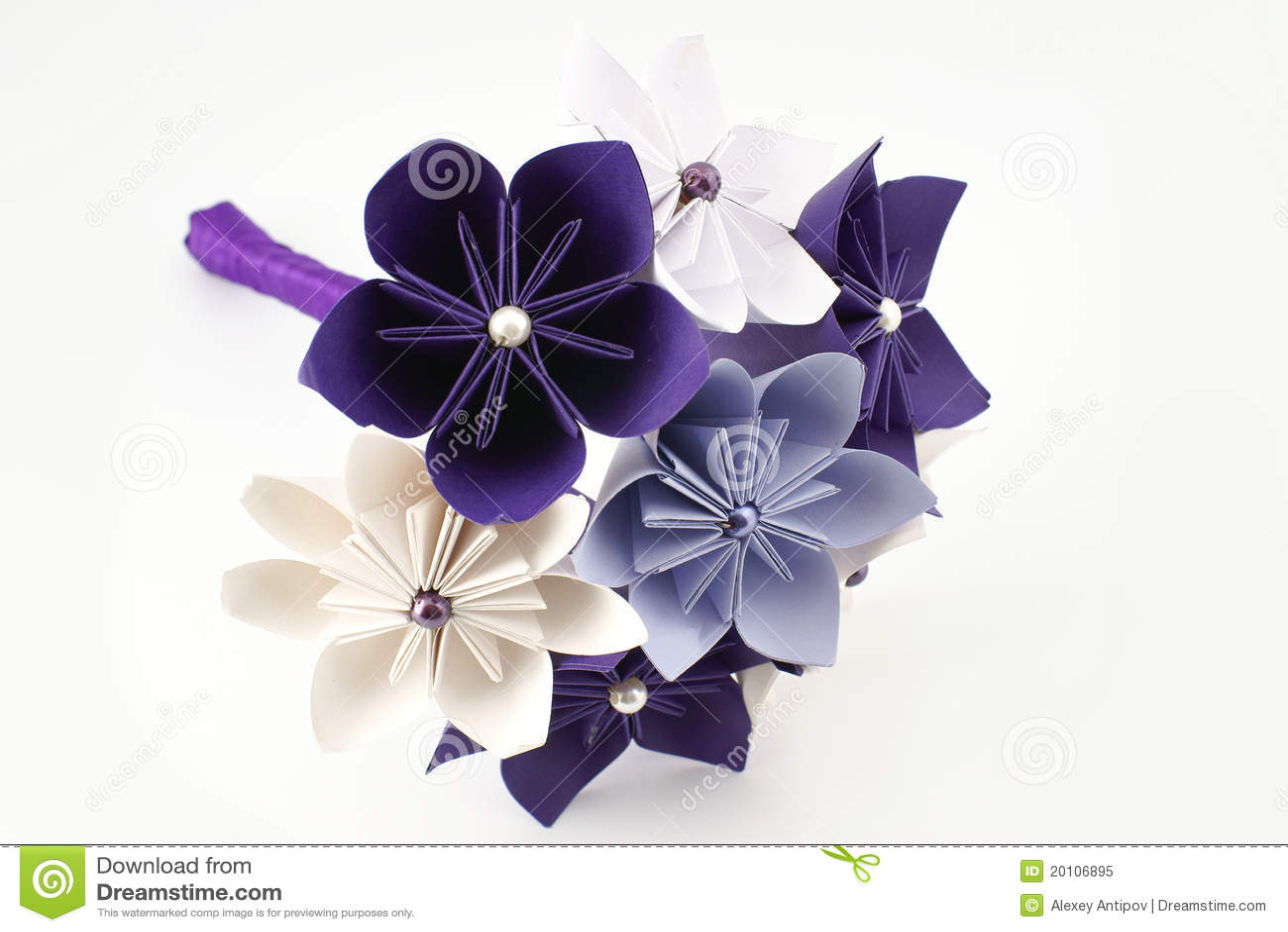 ORIGAMI WEDDING DECORATIONS – Lavender Home | 957x1300