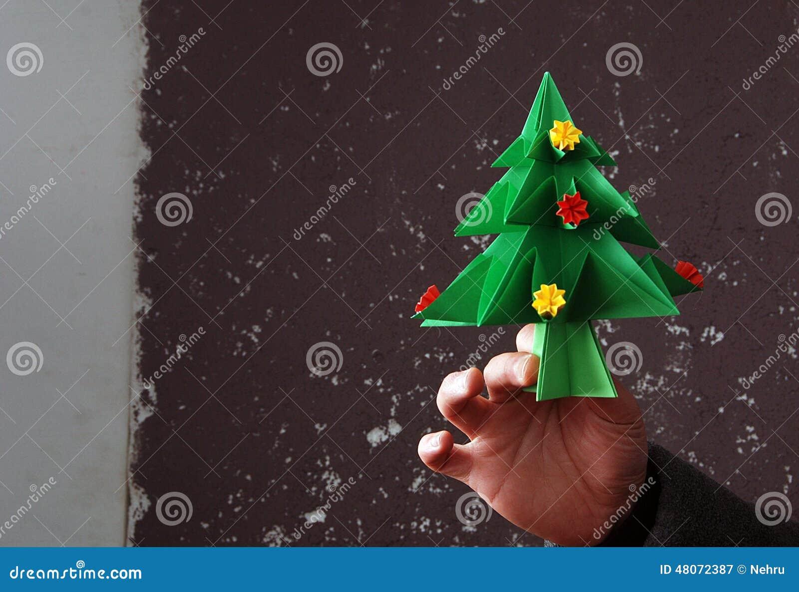 origami weihnachtsbaum stockfoto bild 48072387. Black Bedroom Furniture Sets. Home Design Ideas