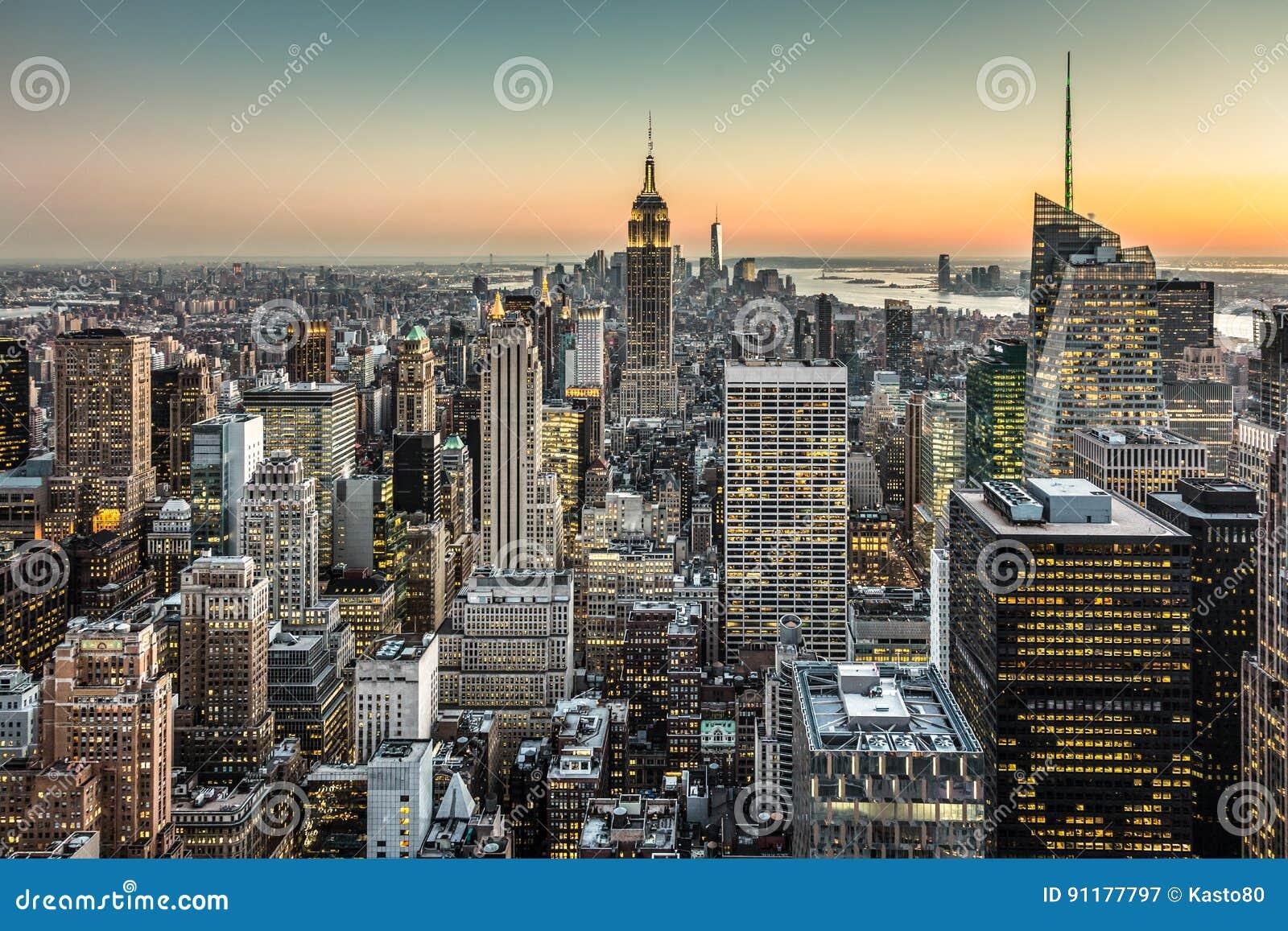 Orizzonte del centro di new york city manhattan immagine for B b new york centro
