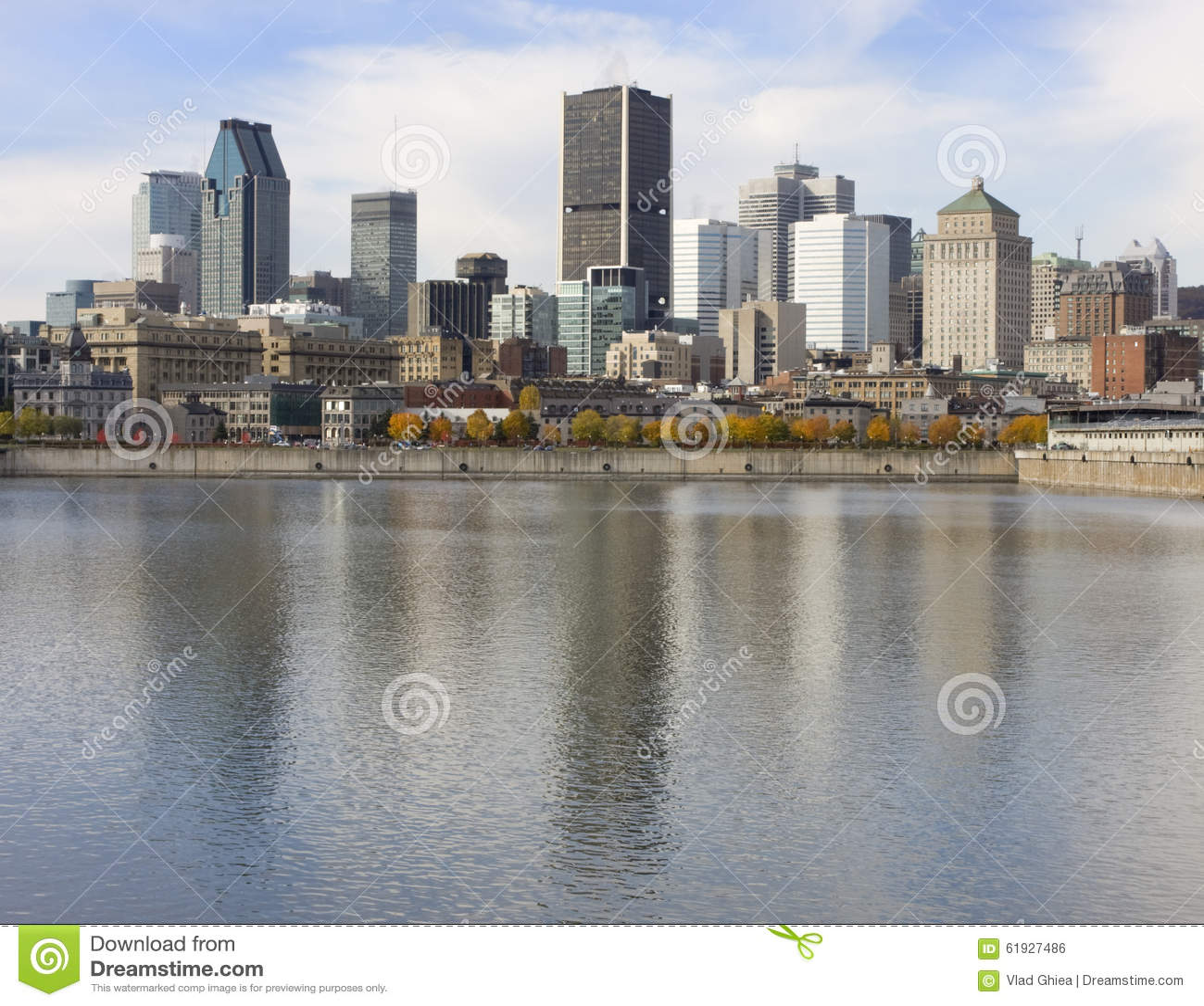 Orizzonte di Montreal e san Lawrence River