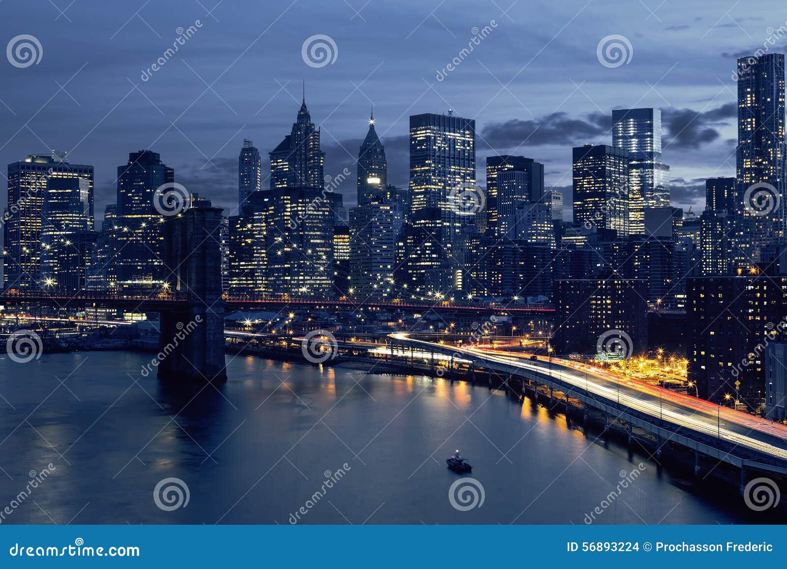 Orizzonte di New York del centro