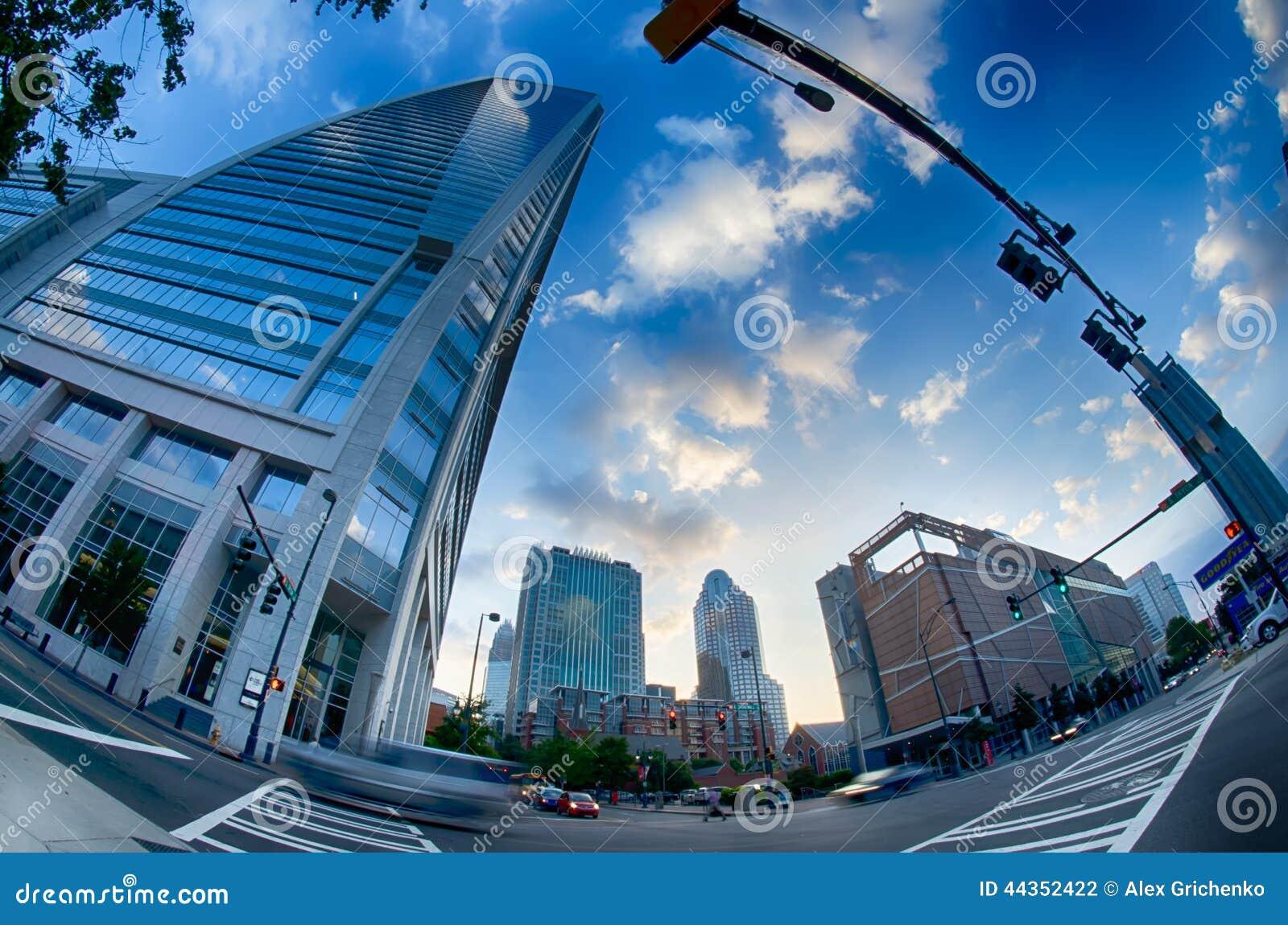 Orizzonte e vie della città di mattina a Charlotte nc