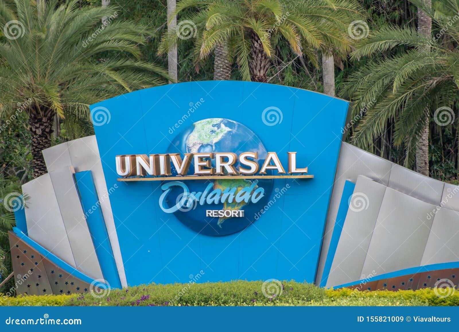 Universal Orlando logo at Universal Studios area 3.