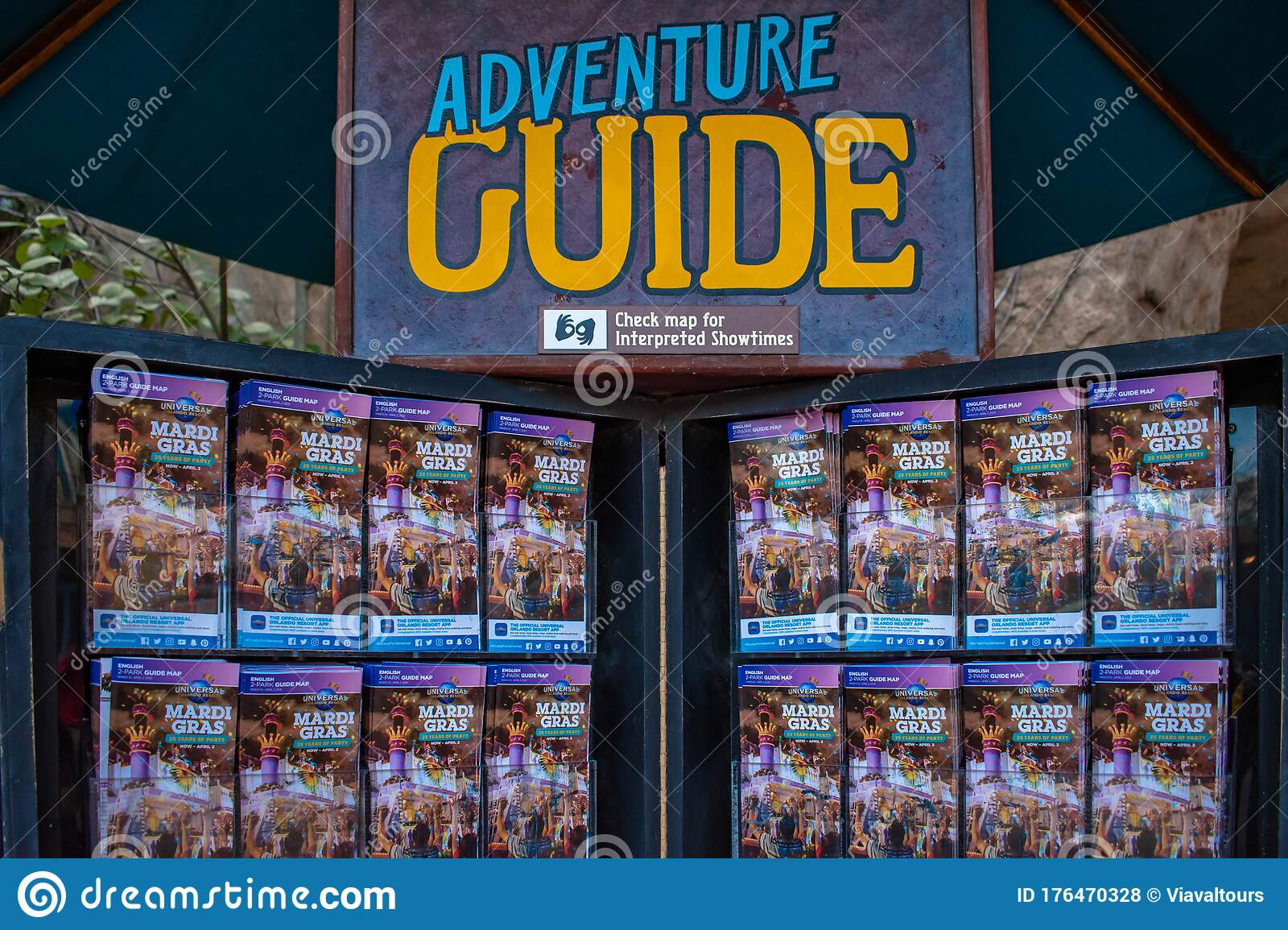 Adventure Guide With Park Maps At Universals Islands Of Adventure 50 Editorial Stock Photo Image Of Attractions Amazing 176470328