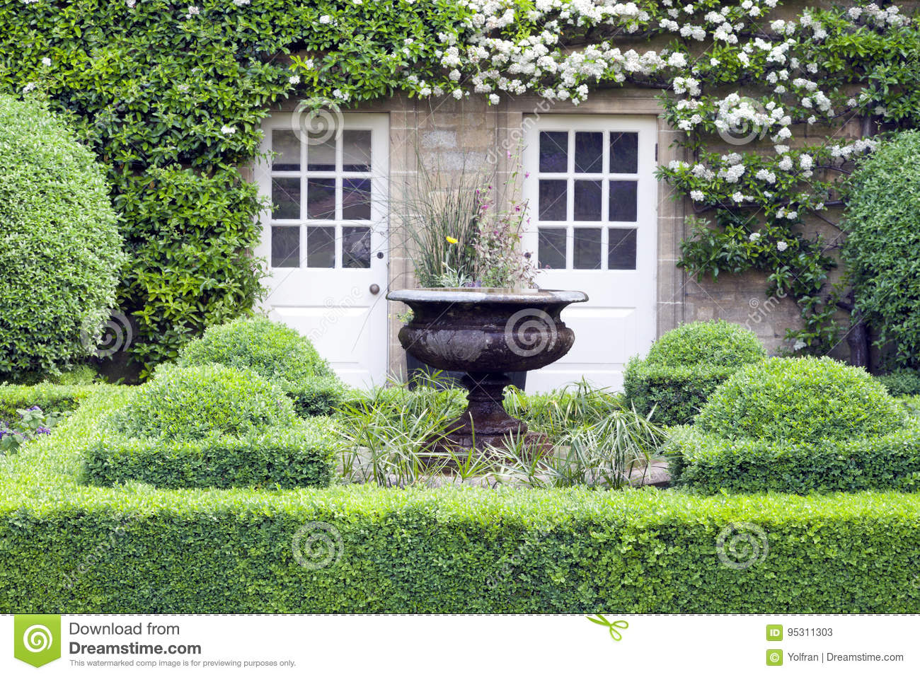 415 Flowering Topiary Photos Free Royalty Free Stock Photos From Dreamstime