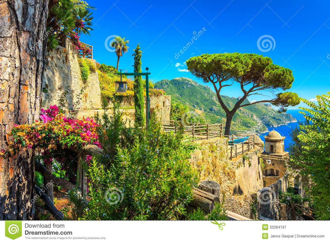 ornamental verschob garten rufolo garten ravello amalfi k ste italien europa stockbild. Black Bedroom Furniture Sets. Home Design Ideas