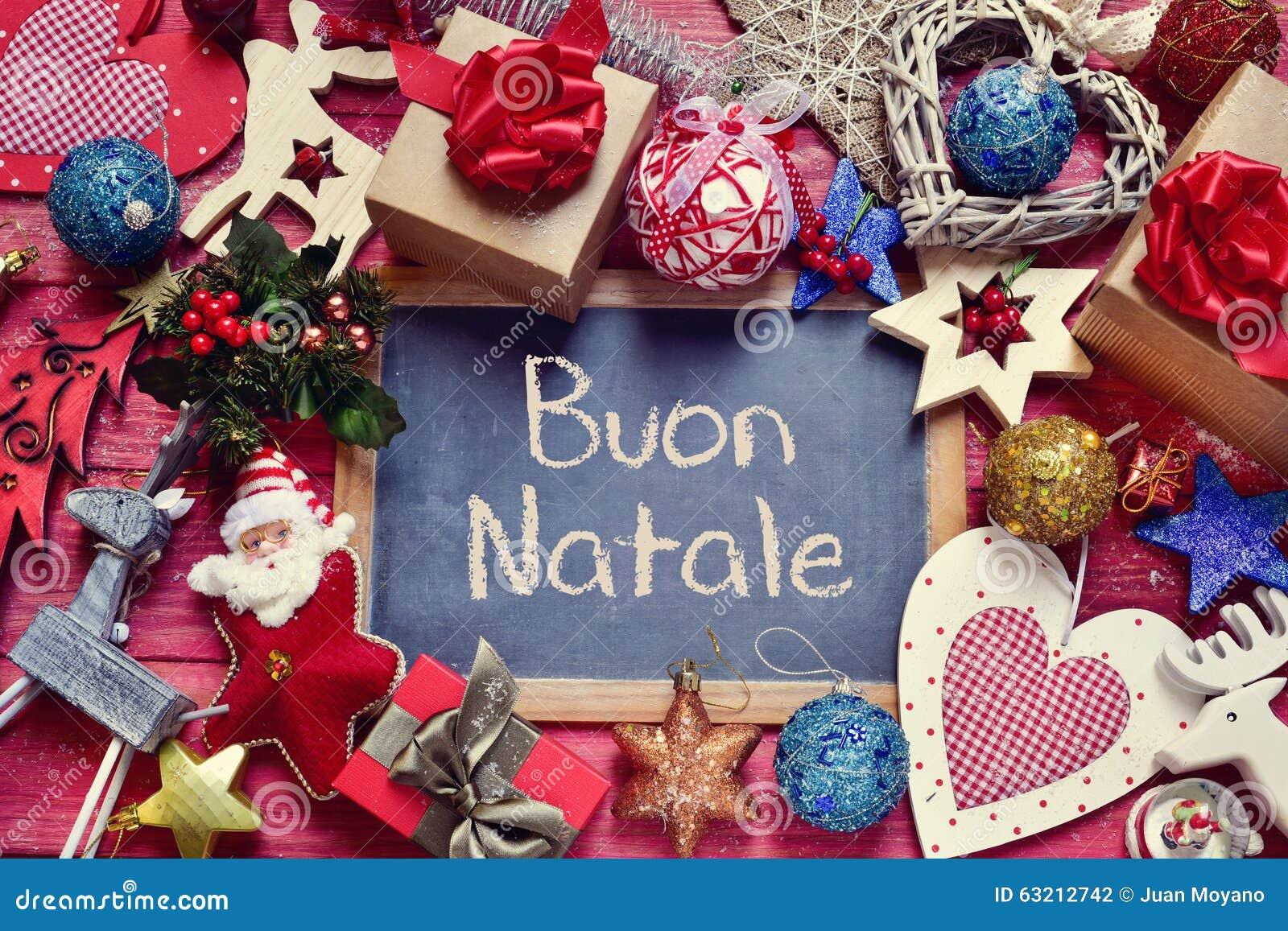 Ornamenten En Tekst Buon Natale Vrolijke Kerstmis In Het Italiaans