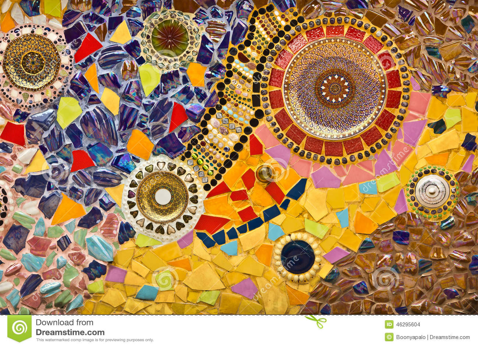 Ornamento Decorativo De La Pared Del Mosaico De La Teja Rota
