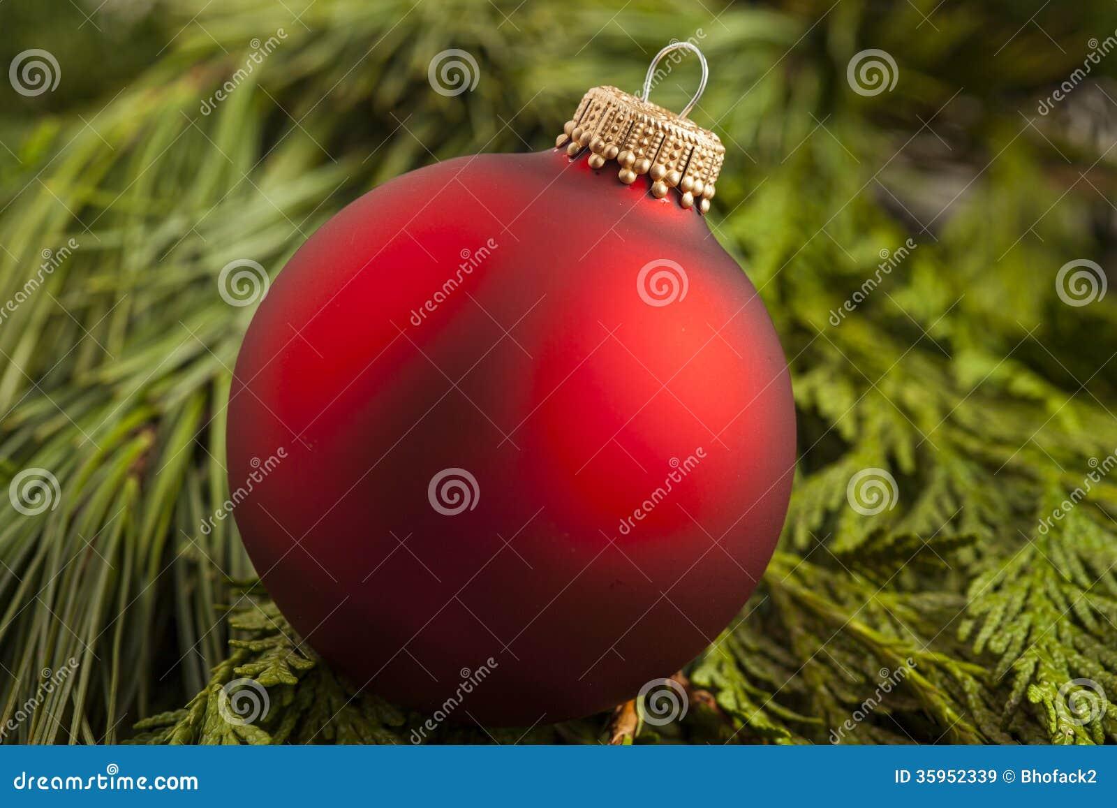 Ornamento rojo festivo de la Navidad