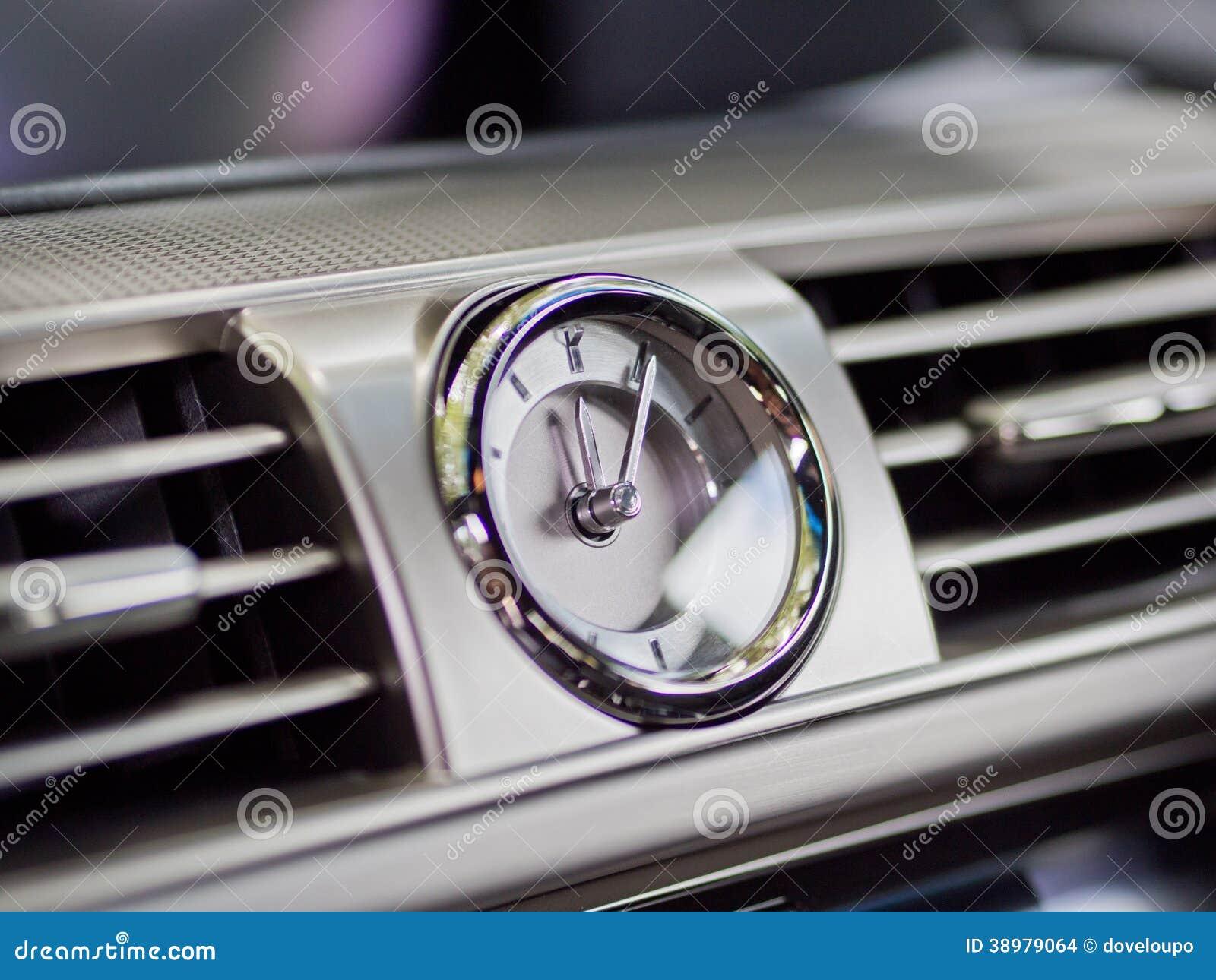 orologio cruscotto