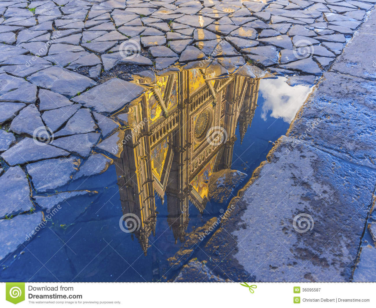 Orvieto Cathedral Reflection Royalty Free Stock