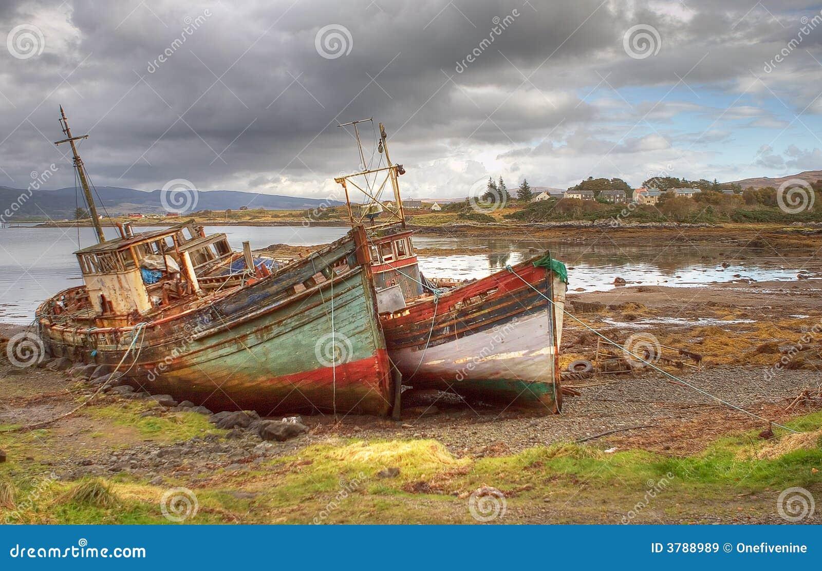 Os barcos abandonados Mull