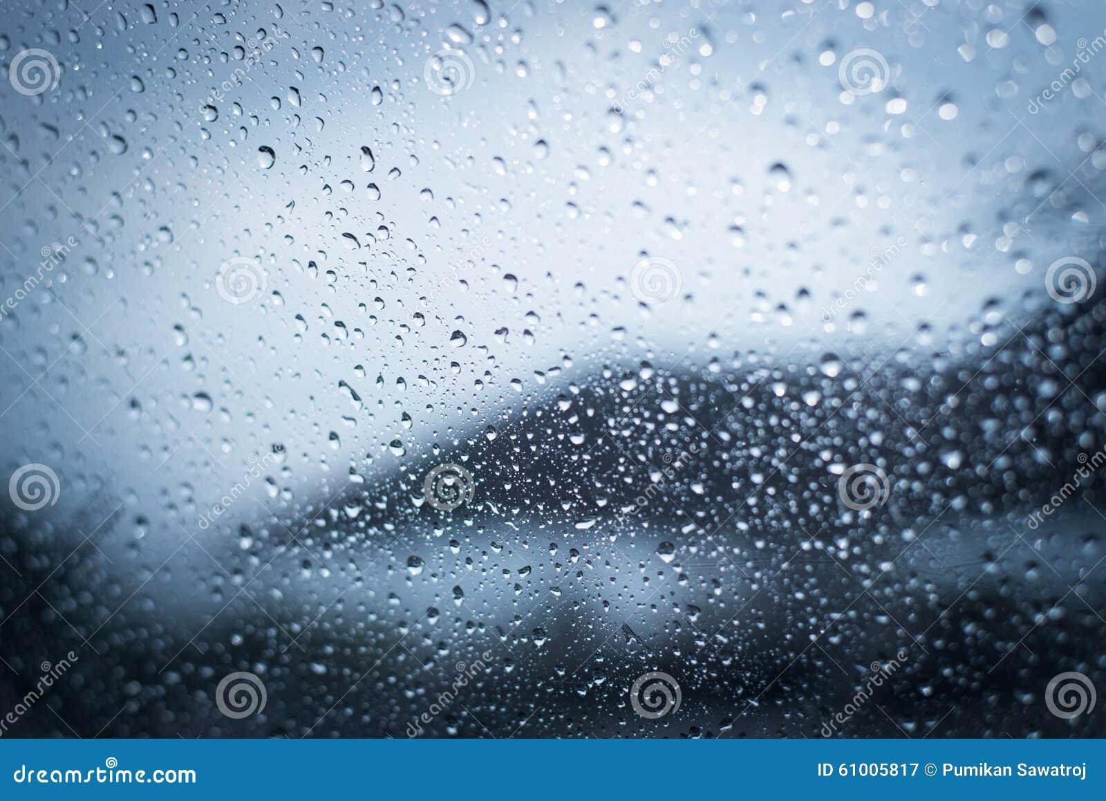 Os dias chuvosos, chuva deixam cair na janela, tempo chuvoso, fundo da chuva