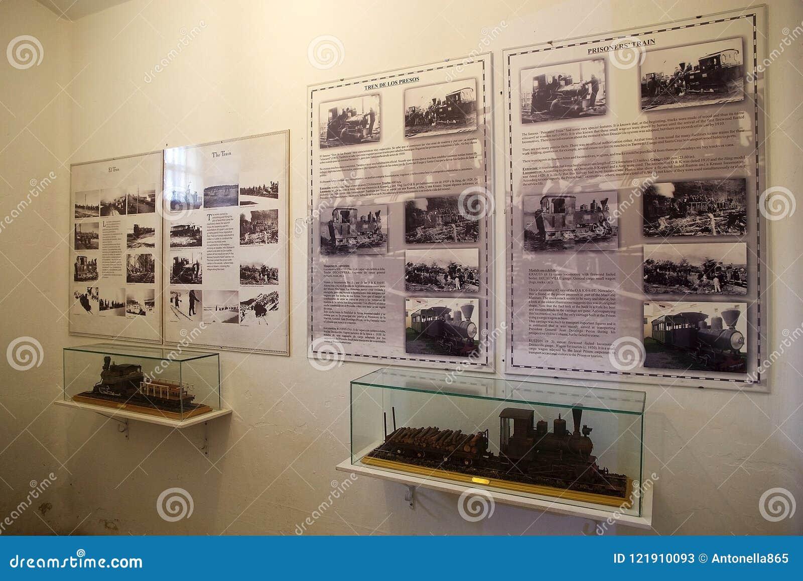 Os prisioneiros treinam no marítimo, na prisão e no museu antártico em Ushuaia, Argentina