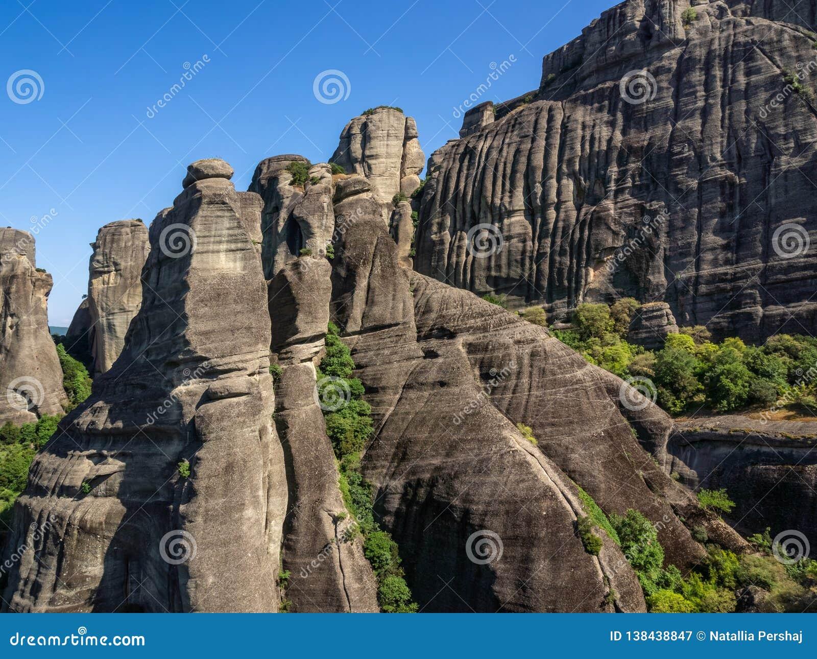 Osadowej skały skłony Meteor, Grecja