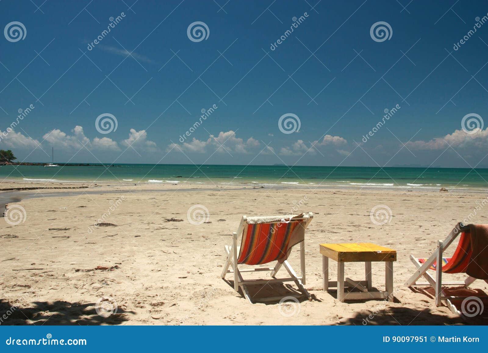 Osamotniony plażowy awesomeness