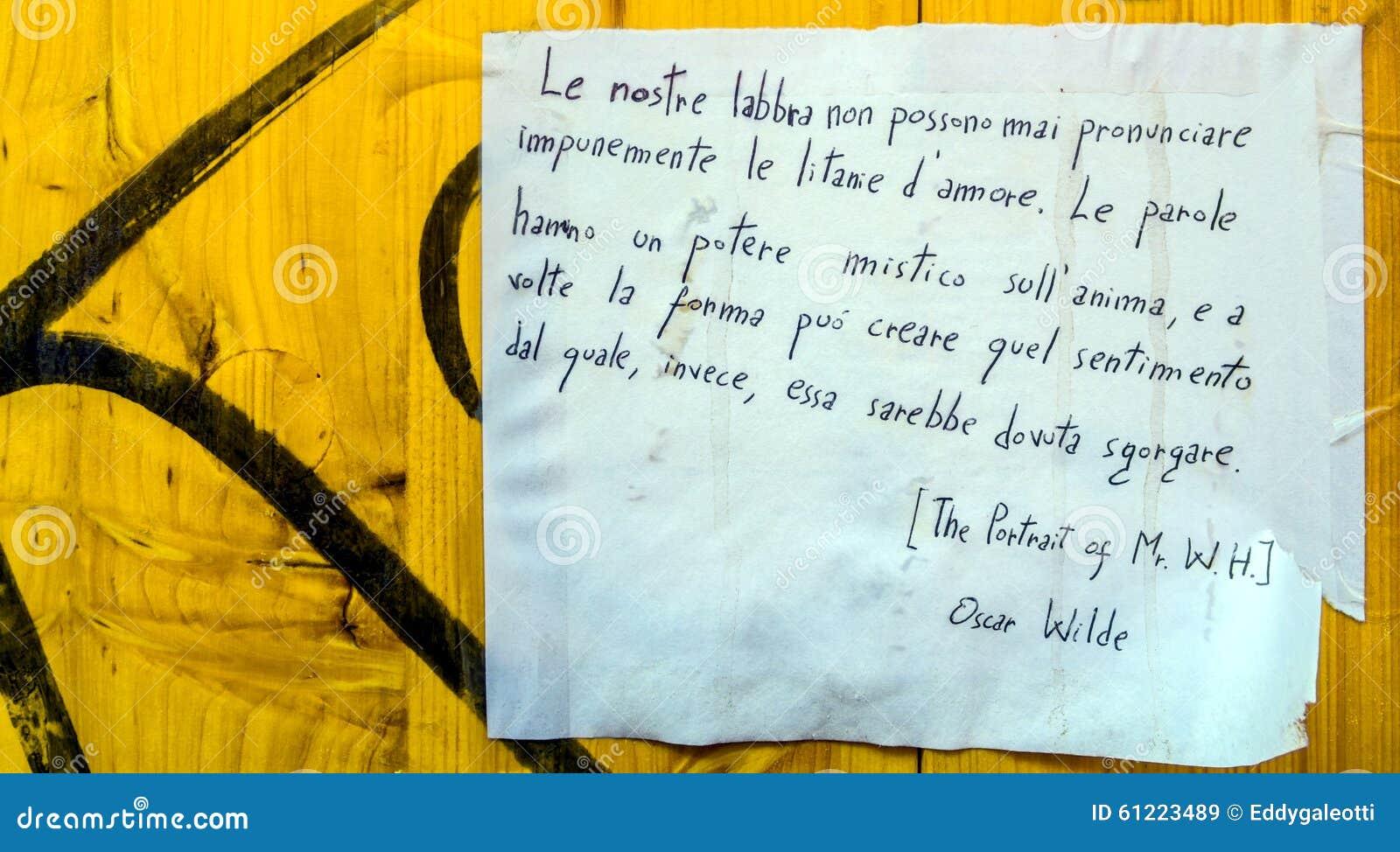 Citaten Uit Literatuur : Oscar wilde citaat op openbare muur redactionele stock afbeelding