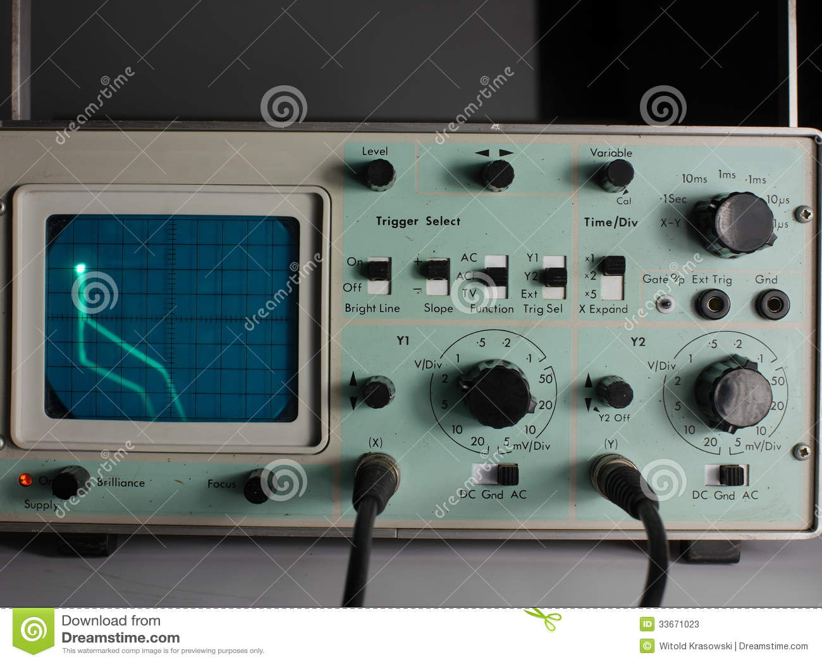 Old Oscilloscope Screen : Oscilloscope stock image of frequency equipment
