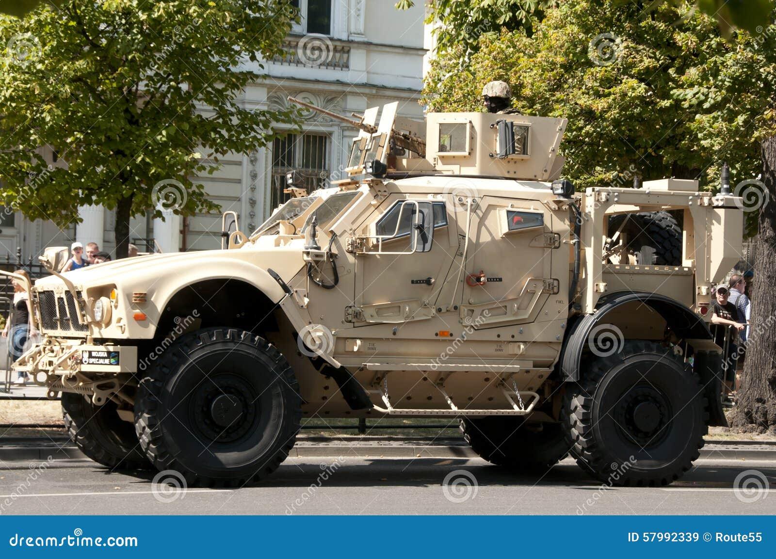 oshkosh-m-atv-august-american-military-v