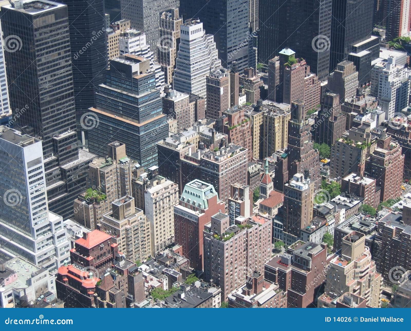 Osservando giù dalle Empire State Building