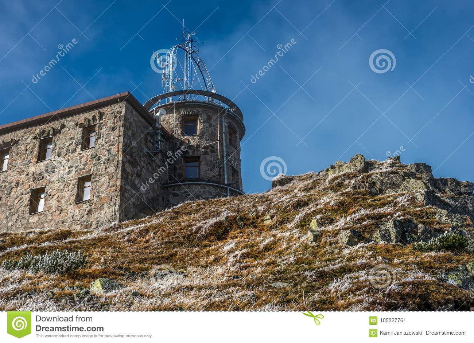 Osservatorio meteorologico su Kasprowy Wierch in Tatras polacco Mounatins - parco nazionale
