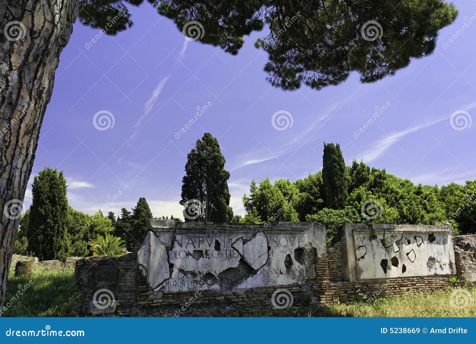 Ostia antica royalty free stock images image 5238669 for Mr arredamenti ostia antica