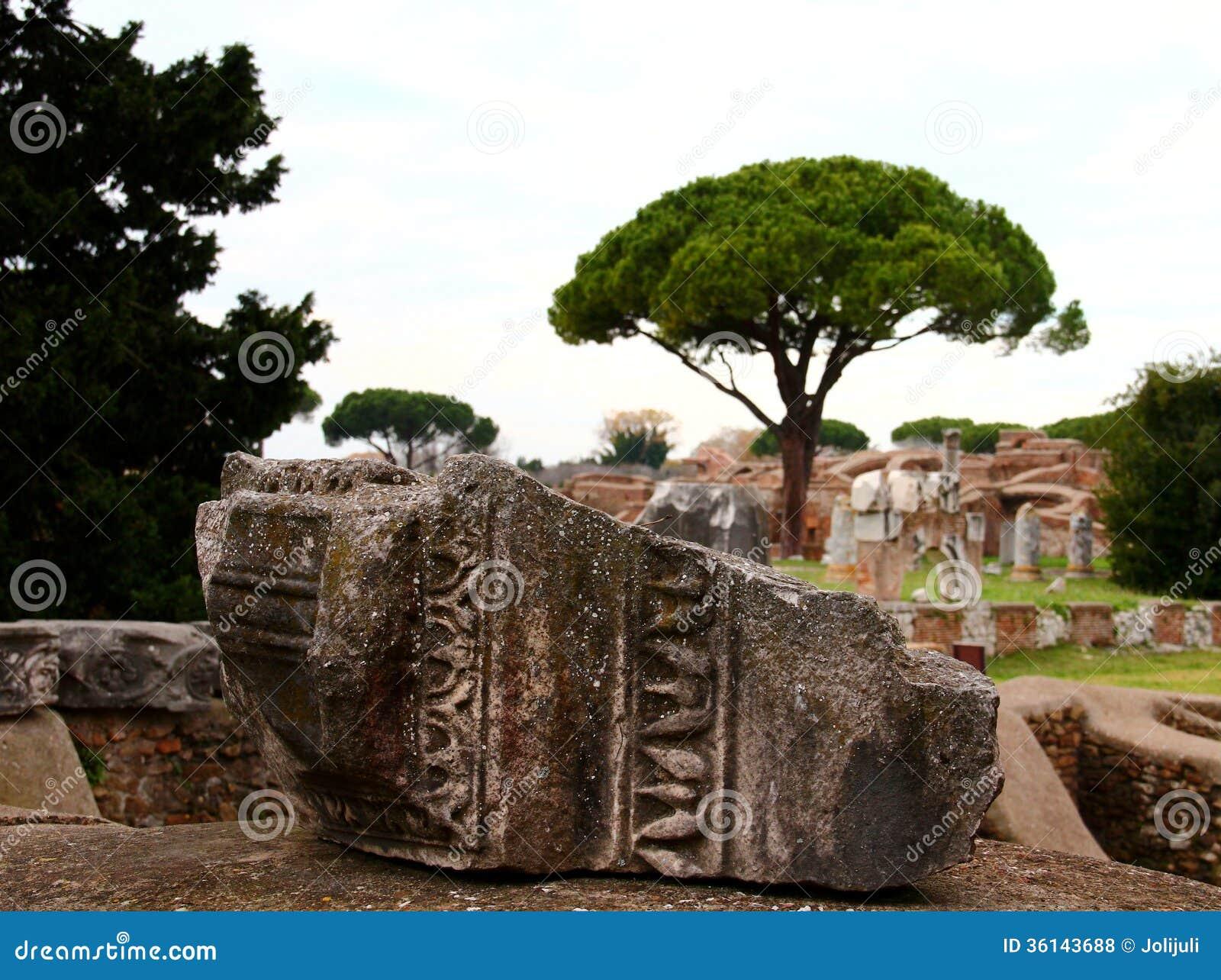 Ostia antica ruins royalty free stock photos image 36143688 for Mr arredamenti ostia antica