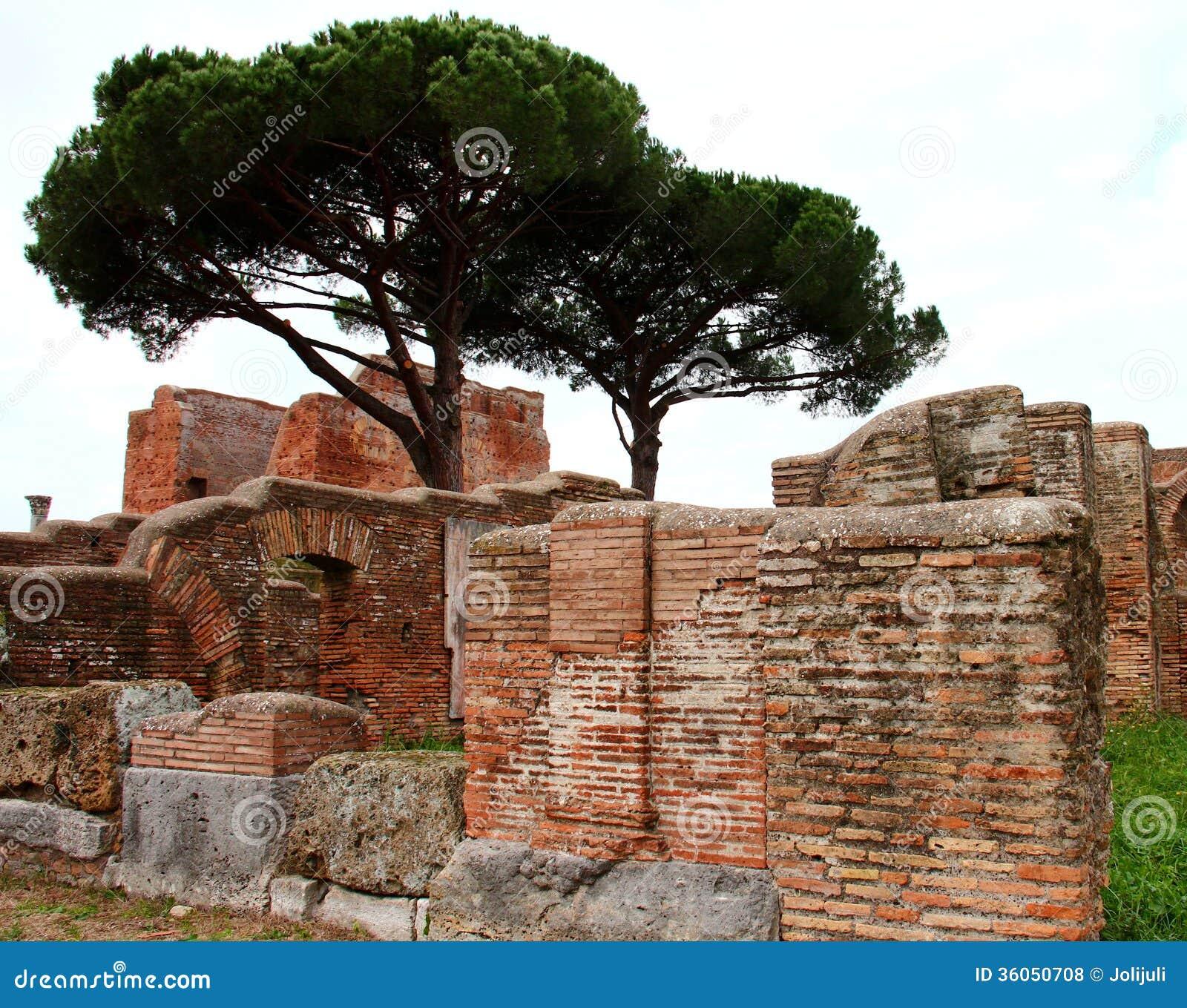 Ostia antica ruins royalty free stock photos image 36050708 for Mr arredamenti ostia antica