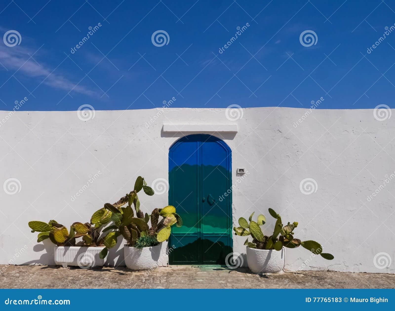 Ostuni, et x22 ; City& blanc x22 ; , la Puglia, Italie