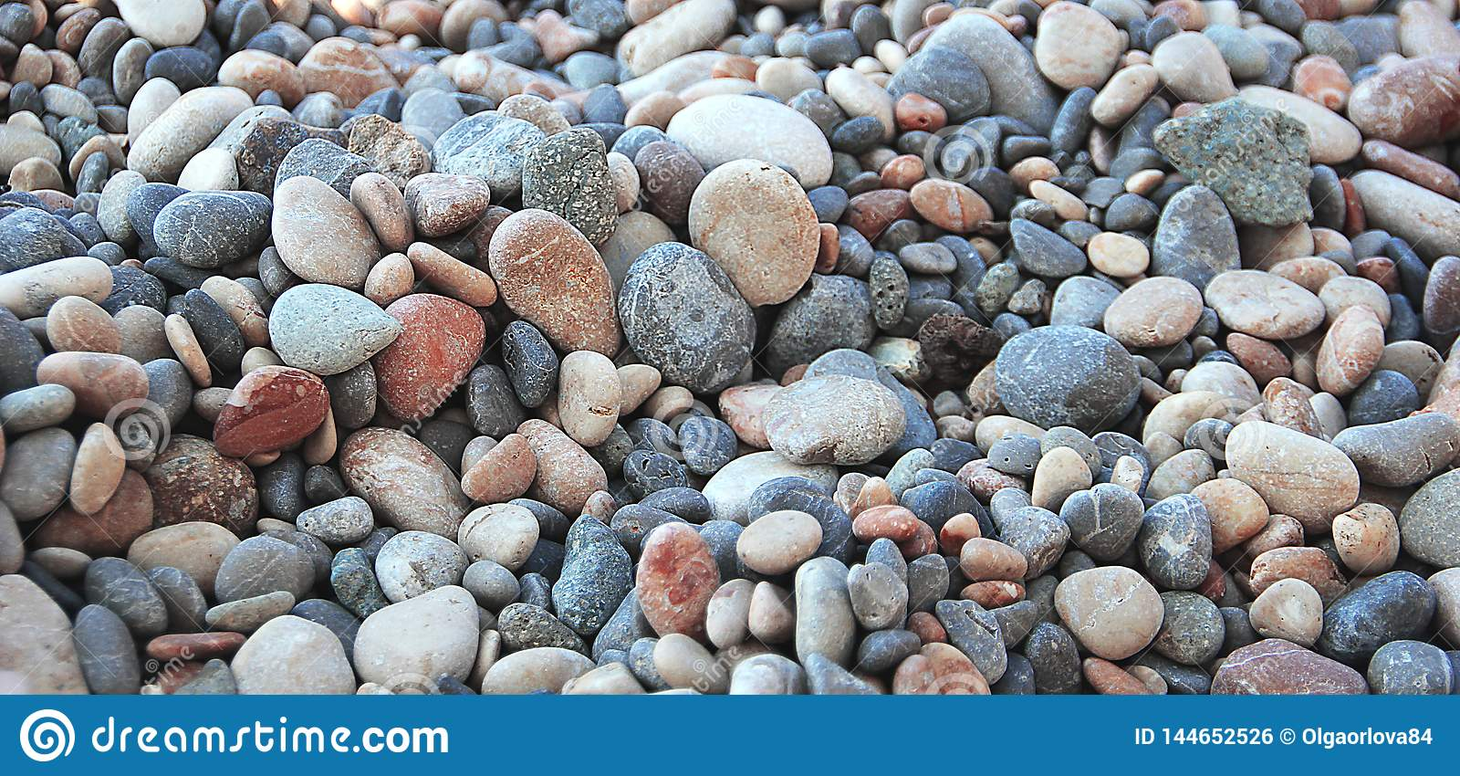 Otoczaki morzem Fotografie otoczaki na wybrzeżu