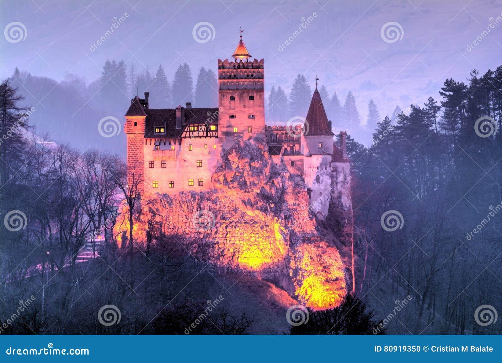 Otrębiasty miasteczko, kasztel Dracula
